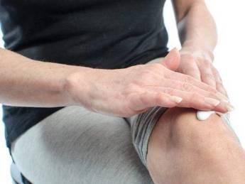 haiget juhte jalgade liigesed hommikul