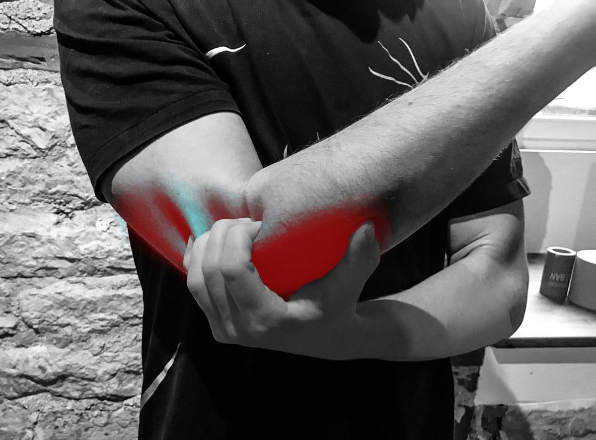 Valu kuunarnuki liigeses ja kulutades kova Kui ravida polveliigese valu